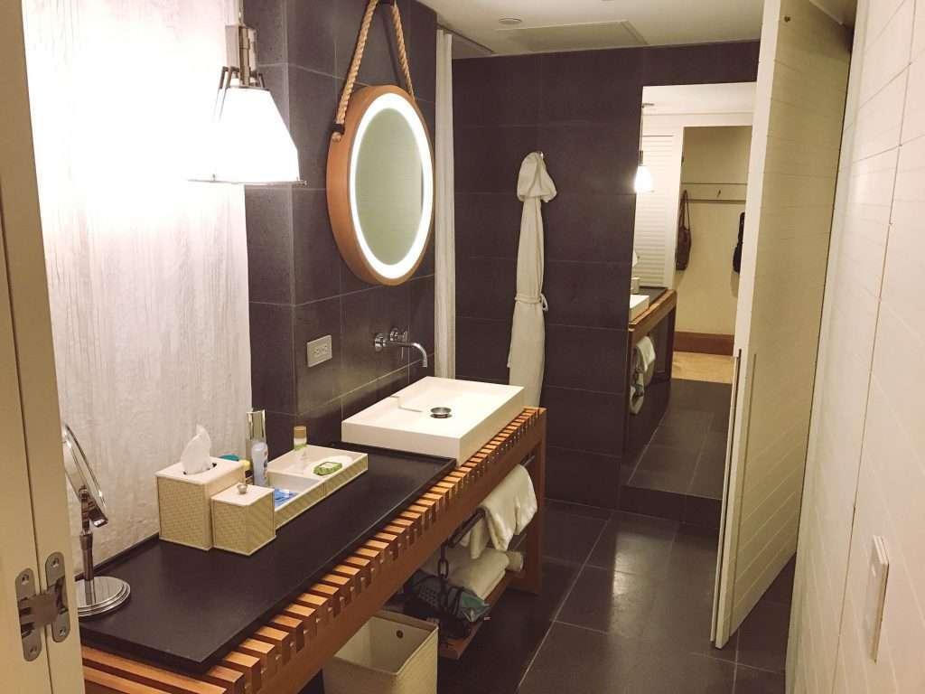 Andaz Maui, modern bathroom, honeymoon in Maui