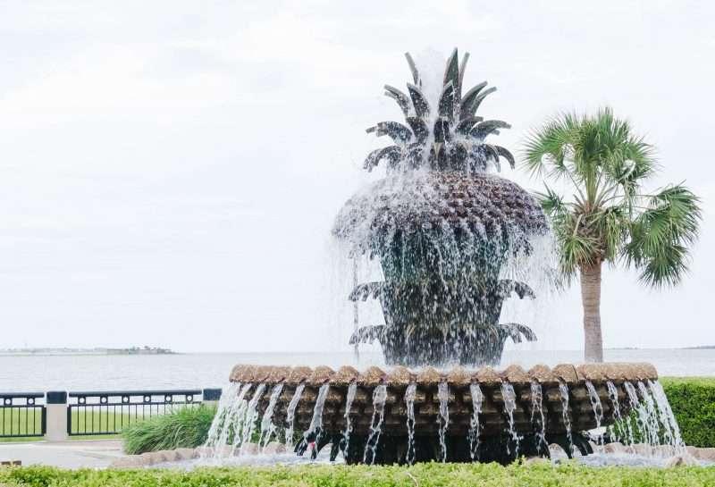 pineapple fountain, charleston sc, charleston travel guide