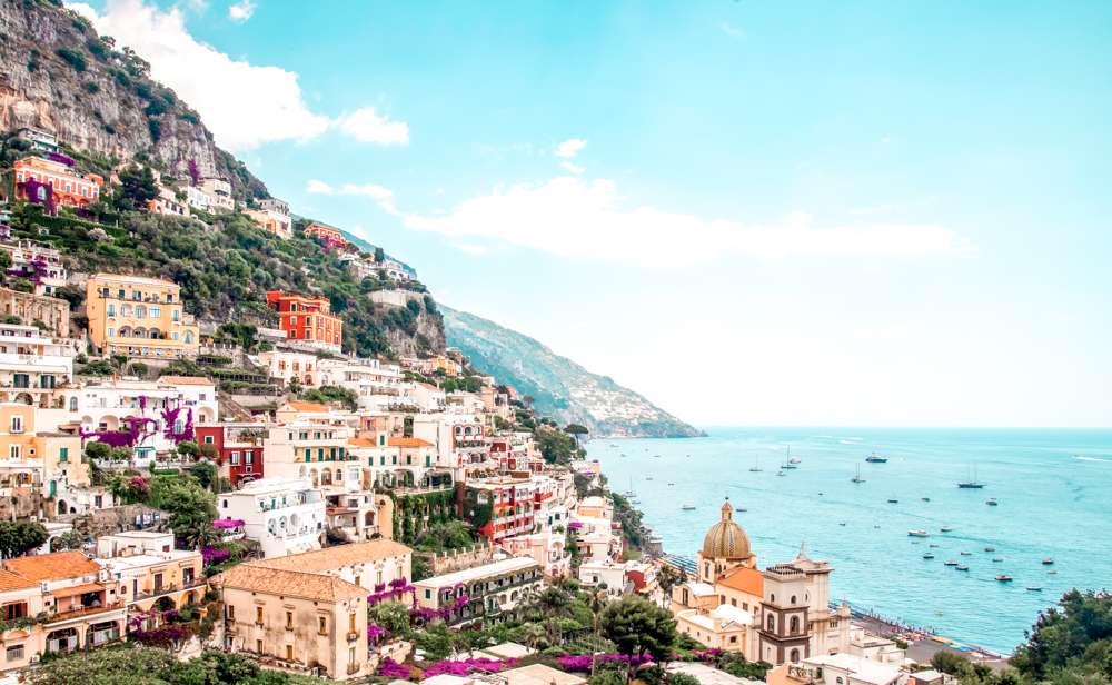 visit the amalfi coast before 30