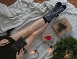A Cozy Gift Guide for the Homebody