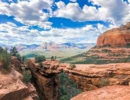 How to Spend 3 Days in Sedona, Arizona // View of Devil's Bridge
