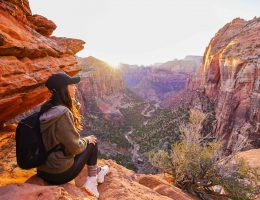 3 days in Zion - Canyon Overlook Trail - Girl sitting on edge of cliff